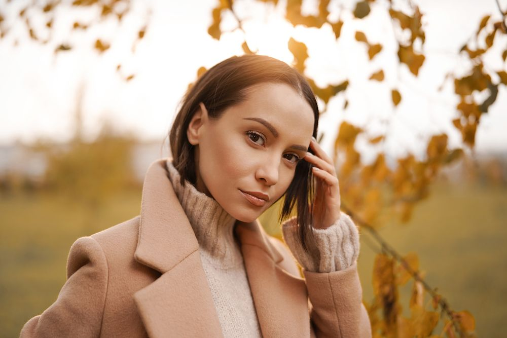 woman in fall clothing