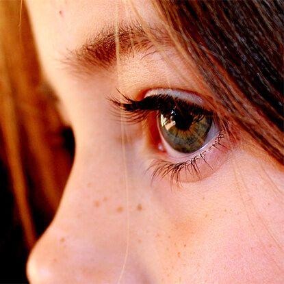 child with myopia