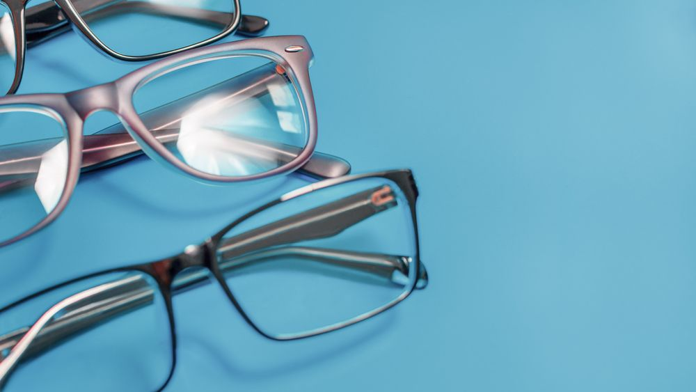 How to Pick Frames That Match Your Needs & Lifestyle