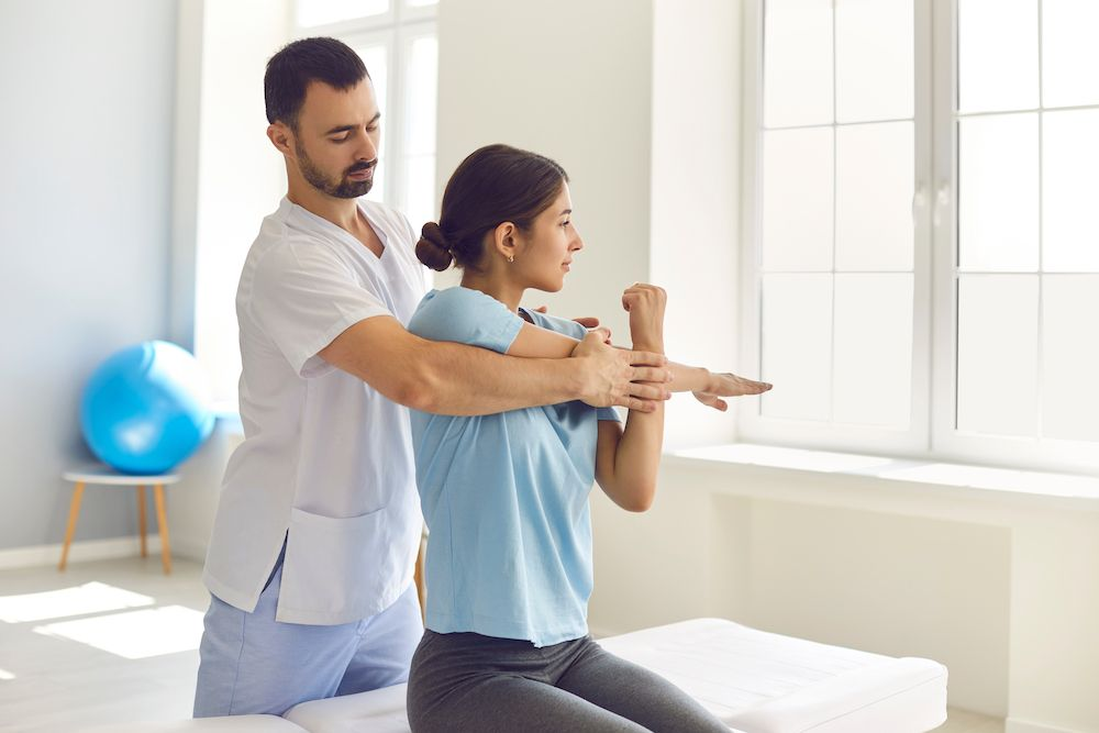 Benefits of Chiropractic Care vs. Physical Therapy