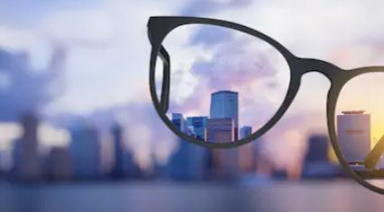 What Are the Causes of Blurred Vision?
