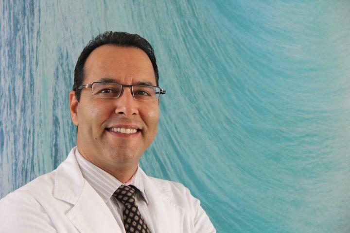 Dr. Afsahi
