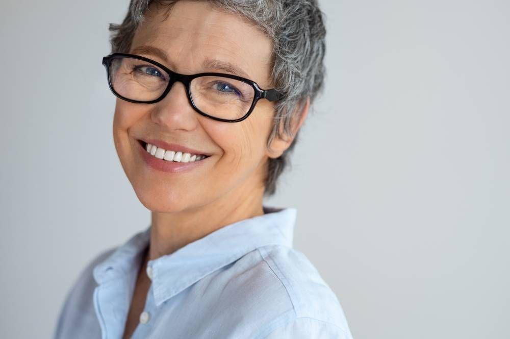 Age-Related Macular Degeneration: Symptoms & Treatment