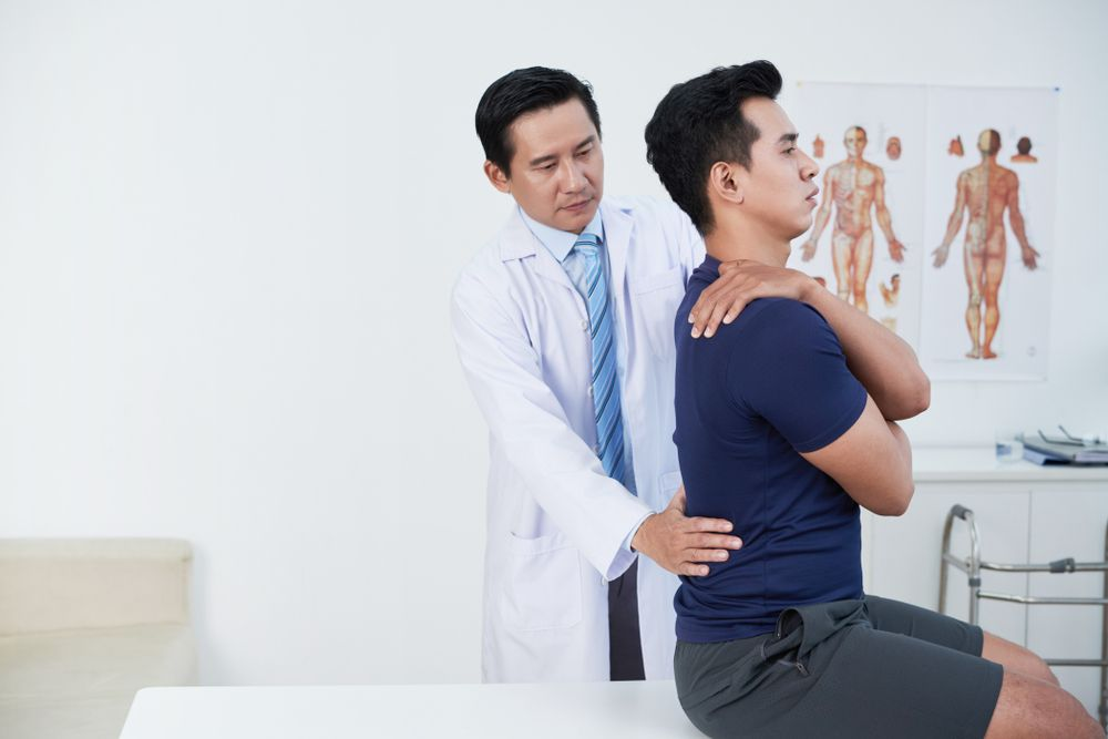 5 Reasons to See a Chiropractor After an Accident