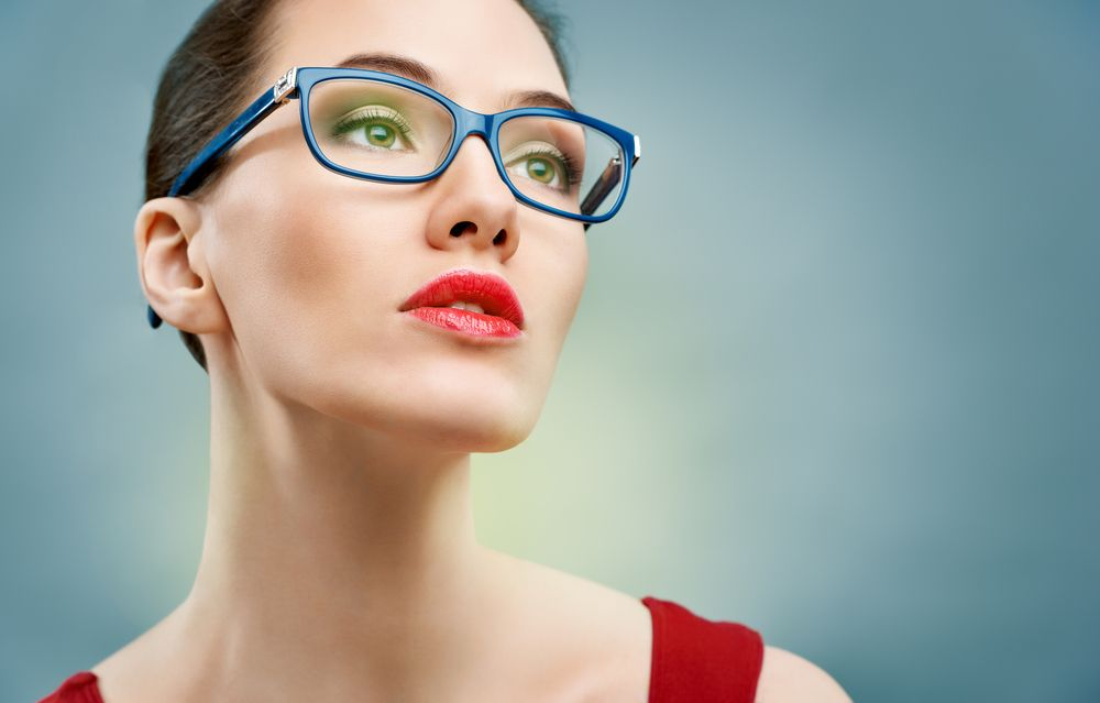 Should You Buy Glasses at the Eye Doctor?