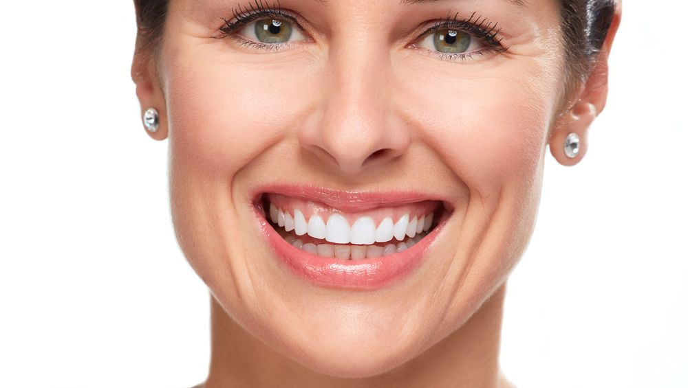 What Causes Teeth Sensitivity After Professional Whitening?