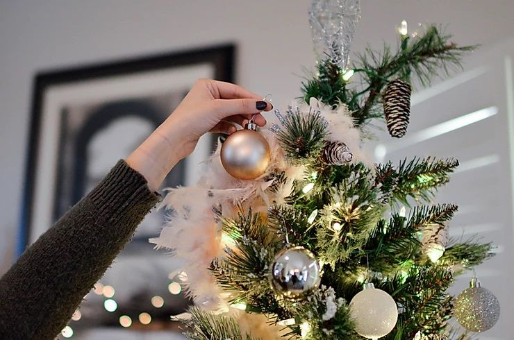 Don't let decorating for Christmas ruin your holiday