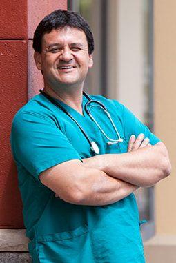 Dr. Mauricio Vargas
