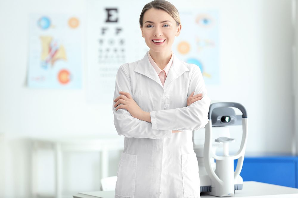 Optometrists vs. Opticians: What Do They Do?