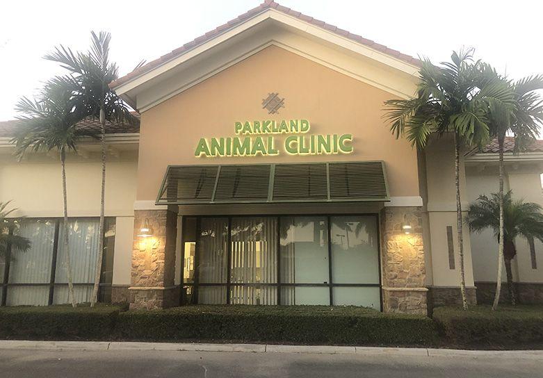 parkland animal clinic front desk