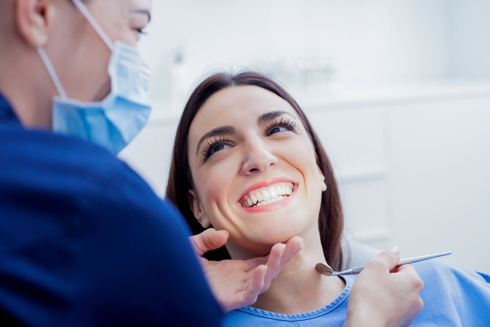 How Long Do You Have to Wait to Get Dentures After Teeth Are Pulled?