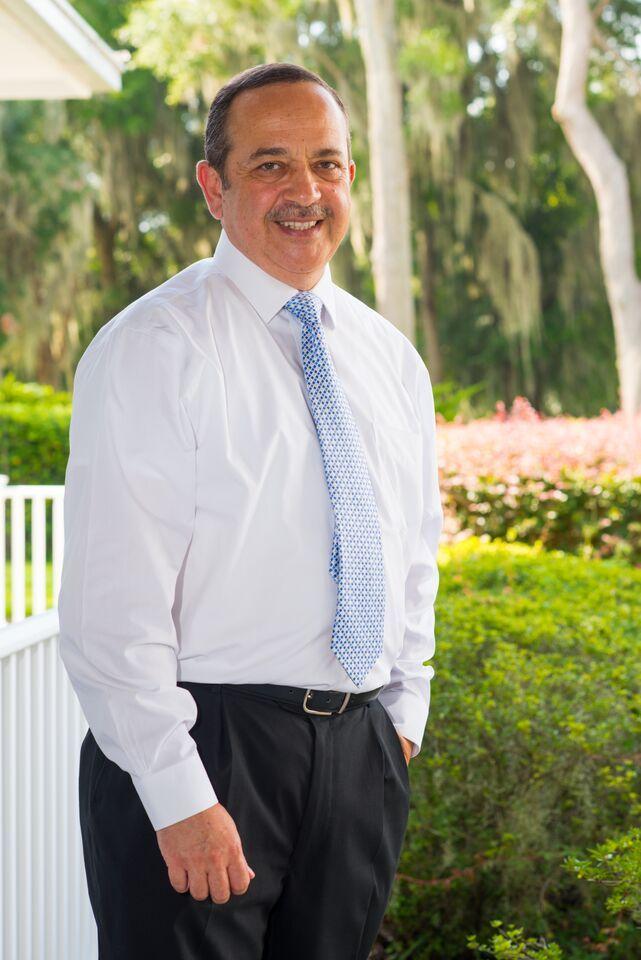 Dr. Hazem Samy