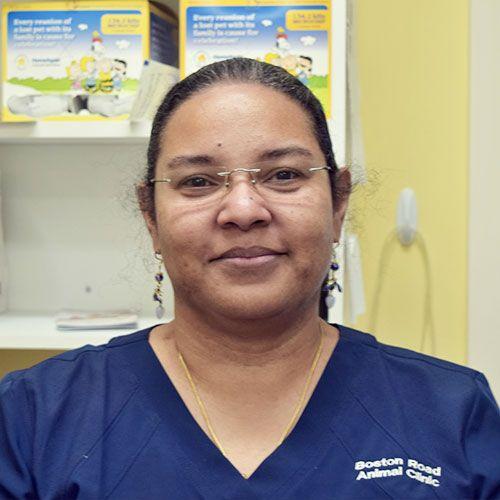 Dr. Anelise Horah