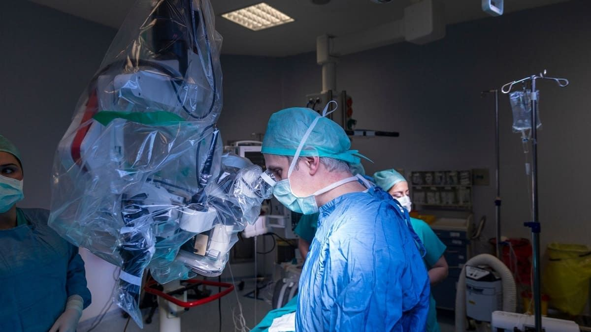 What Are the Advantages of Robot-Assisted Surgery?