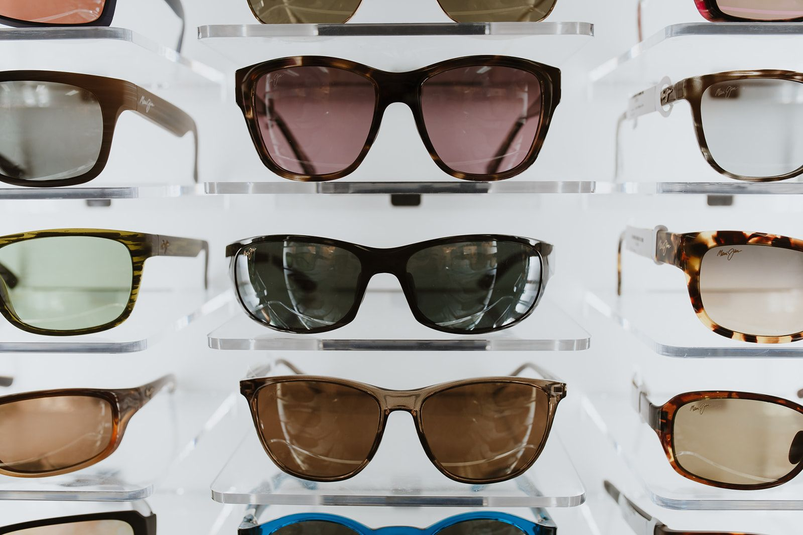 What is Polarization: 3 Benefits of Polarized Sunglasses