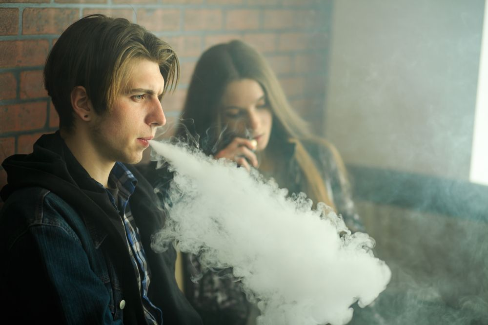 San Leandro Takes Stand Against Teen Vaping