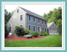 249 Glen Valley Rd - Petersham, MA 01366