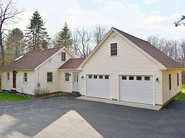 211 Popple Camp Rd - Petersham, MA 01366