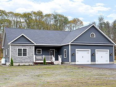 70 New Salem Rd - Petersham, MA 01366