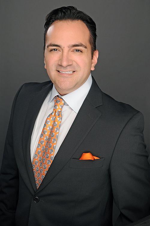 Dr. Pazmiño