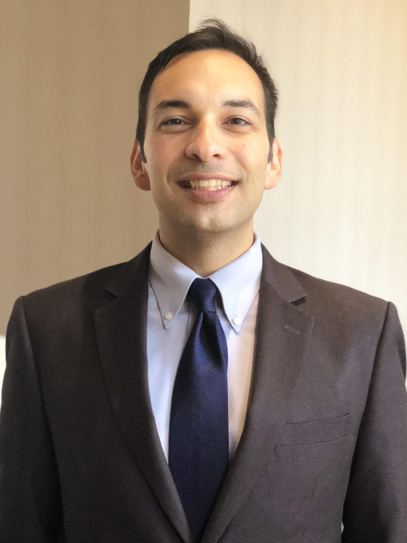 Fabian Corona, MS, OD
