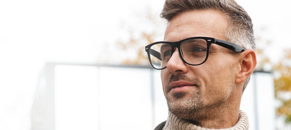 picture of a man with glasses