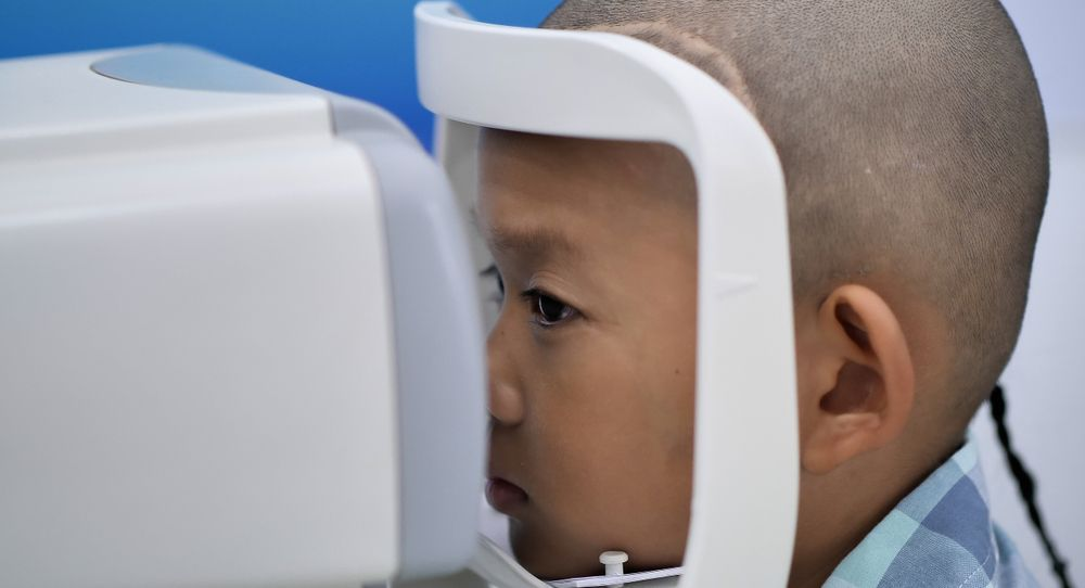 kid in vision therapy