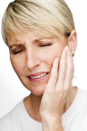 tooth pain woman
