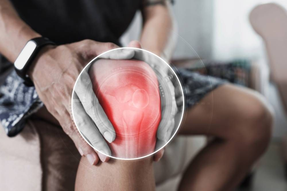How a Chiropractor Helps with Knee Pain