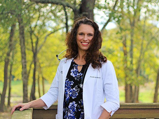 Dr. Amanda Hoffpauir