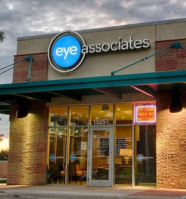 eye associates of olathe