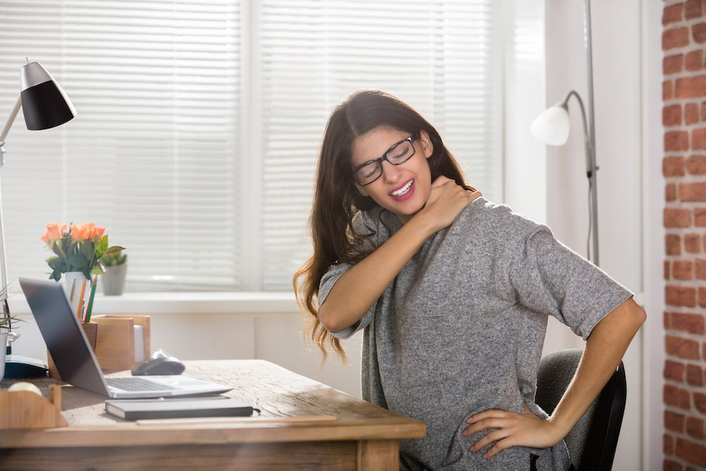 Signs and Symptoms You Have Poor Posture – A Chiropractor Can Help!