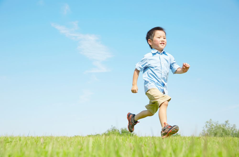 What Age Should My Child Start Seeing a Chiropractor?