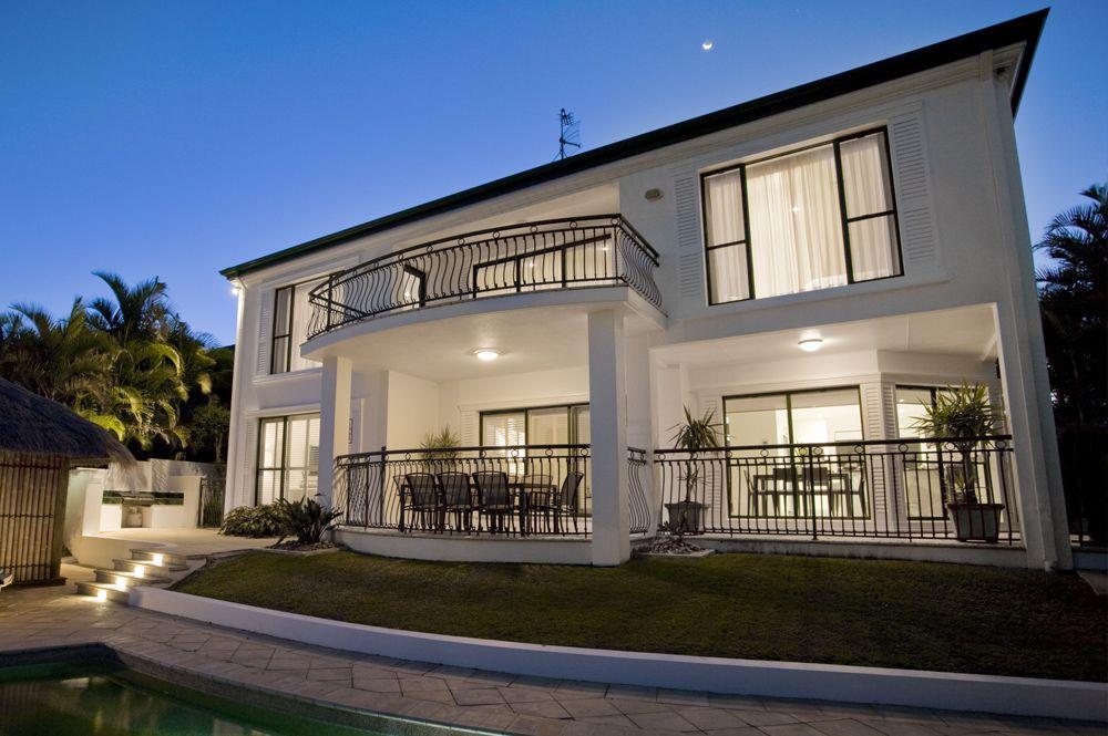Luxury Auction Division