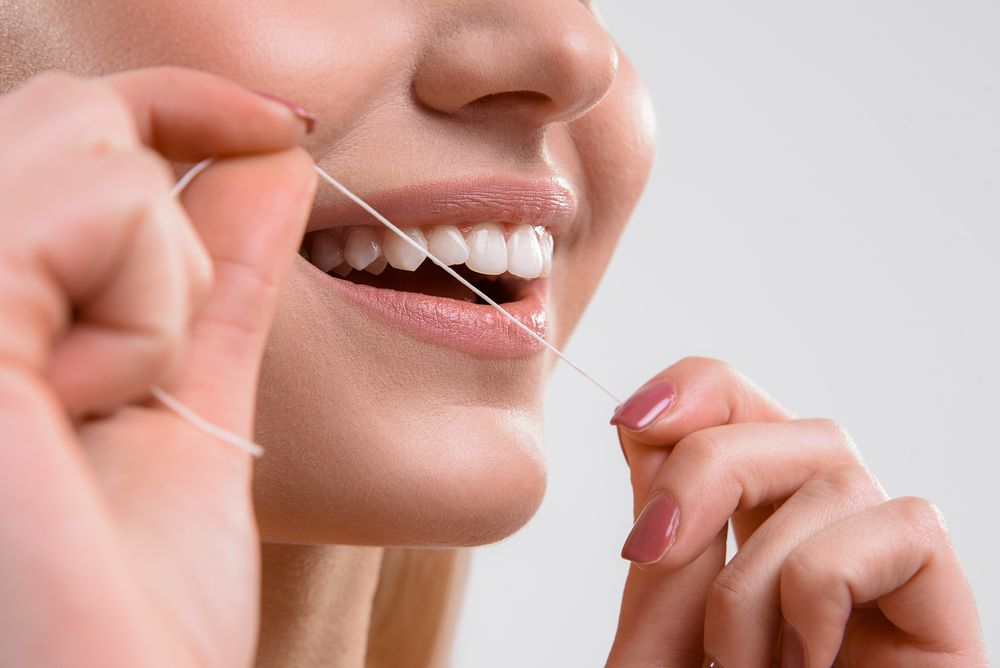 Keep Those Dental Issues From Arising by Flossing Your Teeth Regularly