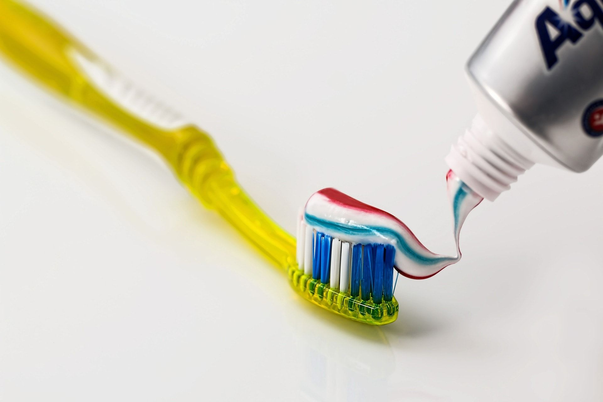 choosing the proper toothbrush
