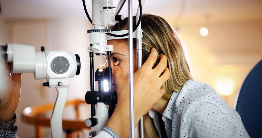 woman in an eye exam