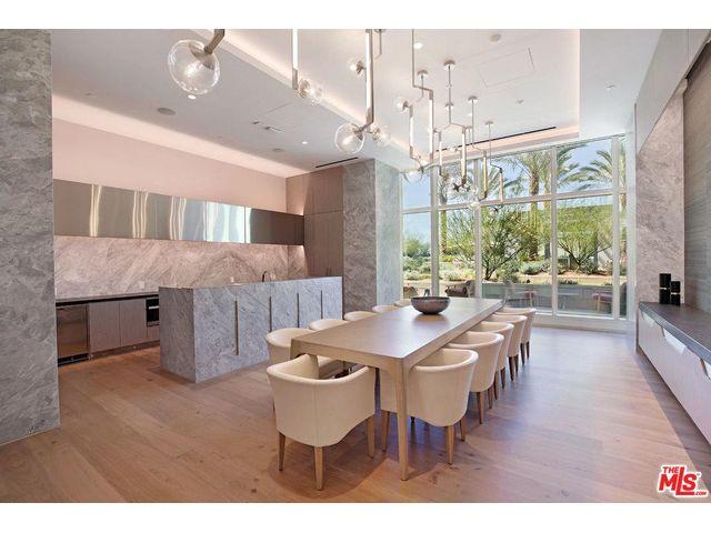 10 Oaks Flooring