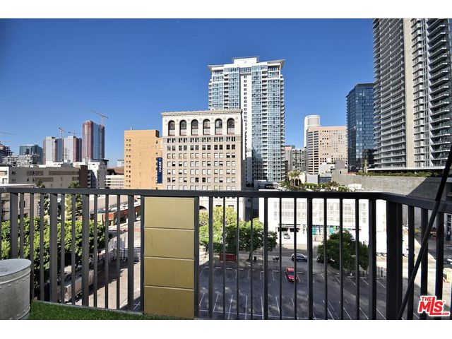 Mls 18404920 211 s spalding dr beverly hills ca 90212 besides Listing   121586286850 849 BROADWAY Los Angeles CA   zip     Claw121586286850 further Mls 18405880 6735 yucca st los angeles  28city 29 ca 90028 besides Conchas Chinas as well Rupert Murdochs New Home In New York A 57m 4 Floor Penthouse. on the beverly condominium